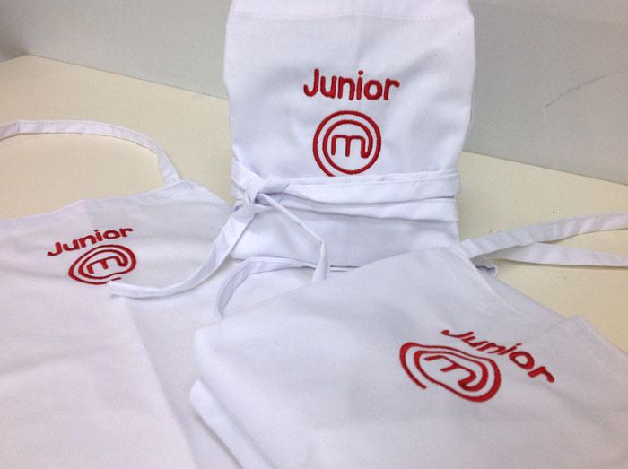 Bordados para masterchef junior 2014 xutchill bordados y - Delantal masterchef personalizado ...