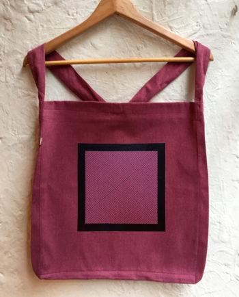 Bolsa de tela bordada