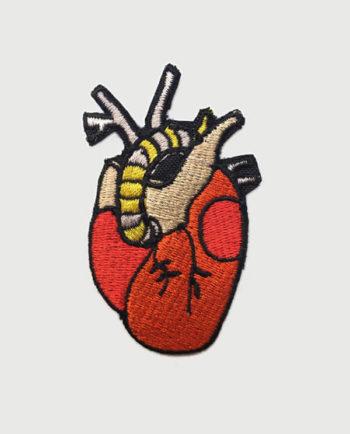 Parche bordado corazón
