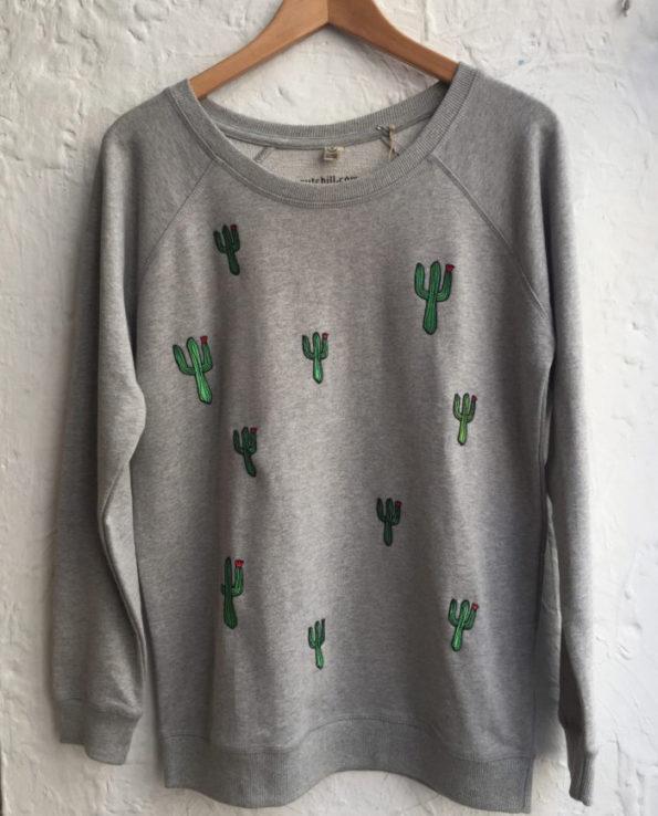Sudadera con parches bordados de cactus