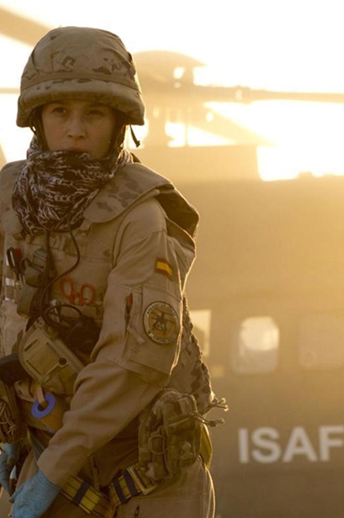 Parche bordado en traje militar