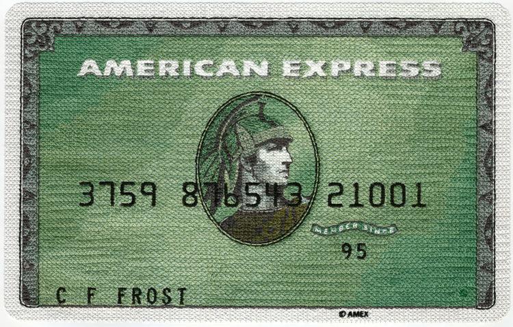 Tarjeta Verde de American Express bordada por Inje Jacobsen